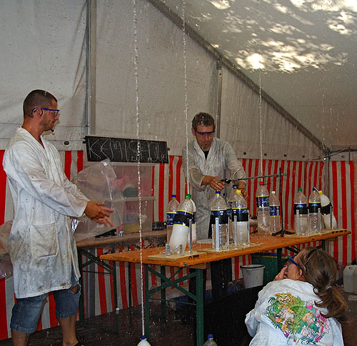 The Chemistry Show of Aarhus, Denmark, performing a show with Mentos and soda